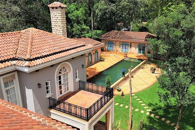 Karen Pool House and Garage